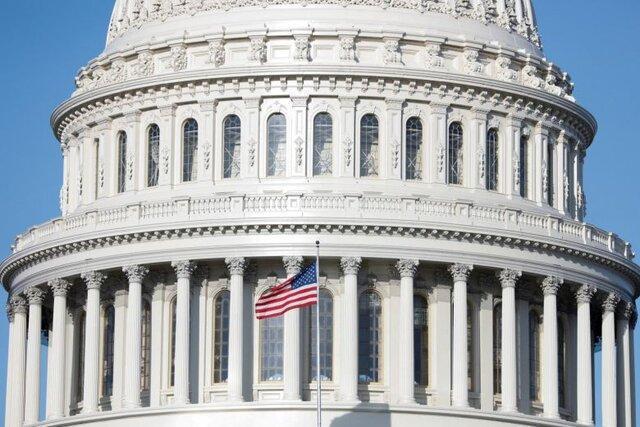 حقوق فرمانداران آمریکایی چقدر است؟