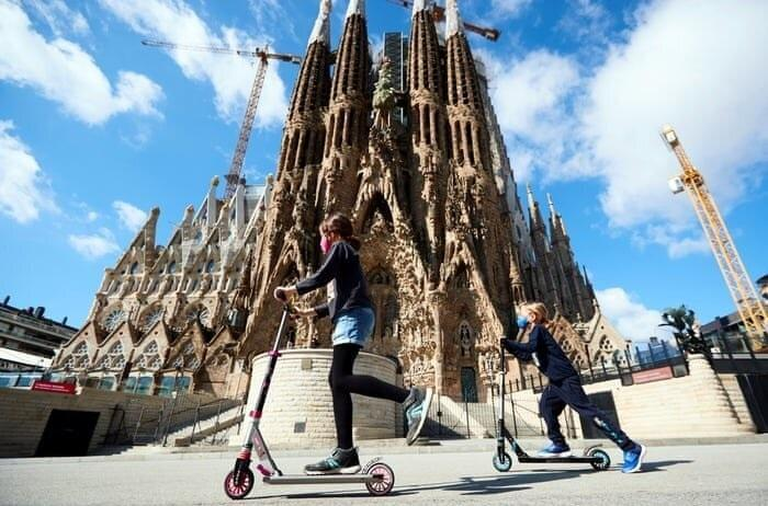 بارسلونا؛ شهر ارواح ، کرونا 30 میلیون توریست را فراری داد!