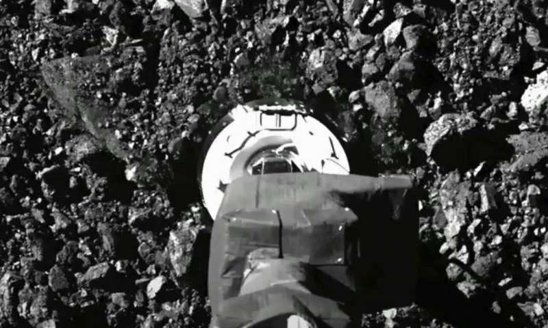 نمونه های سیارکی فضاپیمای ناسا به فضا رها شدند