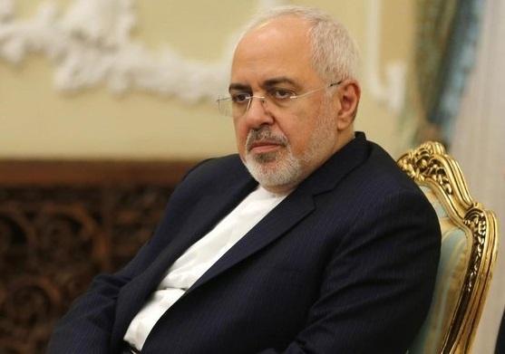 ظریف: هدف بعضی حملات و اتفاقات اختلال در روابط ایران و عراق است، فواد حسین: بغداد اجازه سوء استفاده از اتفاقات این کشور برای برهم زدن روابط عالی دو کشور را نخواهد داد خبرنگاران